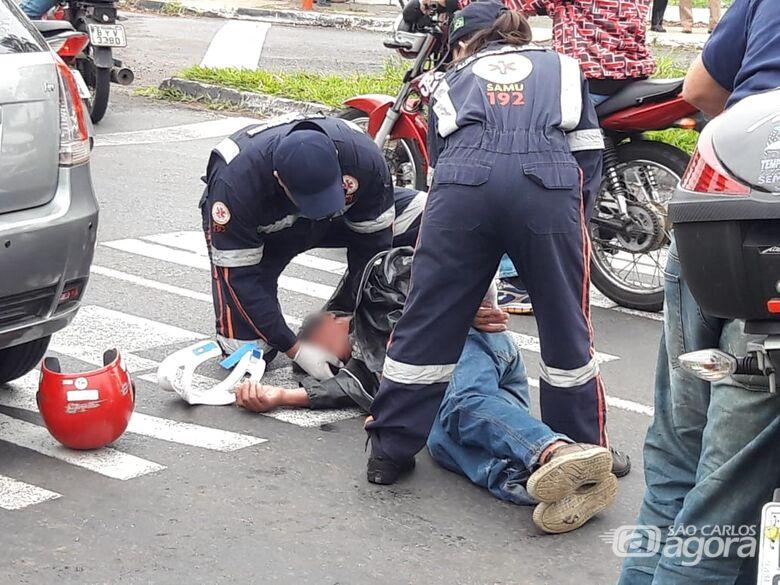 Motociclista bate em carro após passar mal - Crédito: Maycon Maximino