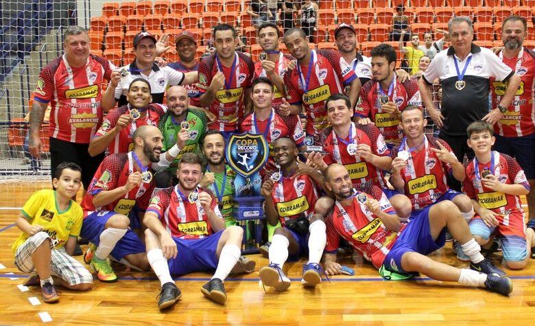 """São Carlos Futsal encara São João no """"grupo da morte"""" - Crédito: Marcos Escrivani"""