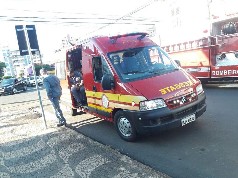 Colisão deixa motociclista ferida no Centro - Crédito: Maycon Maximino