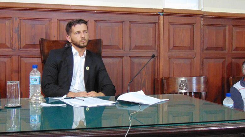 Vereador Elton Carvalho pede ensino superior completo para cargos comissionados da Prefeitura - Crédito: Divulgação