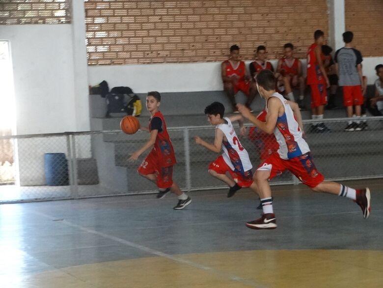 Finais da Liga Centro Oeste acontecem durante festival interno de basquete - Crédito: Marcos Escrivani