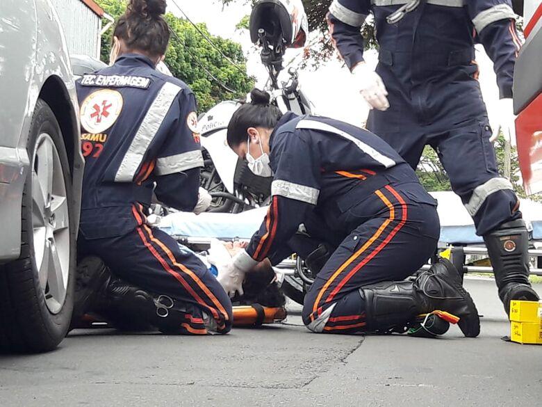 Idosa é atropelada por moto na Vila Prado - Crédito: Maycon Maximino