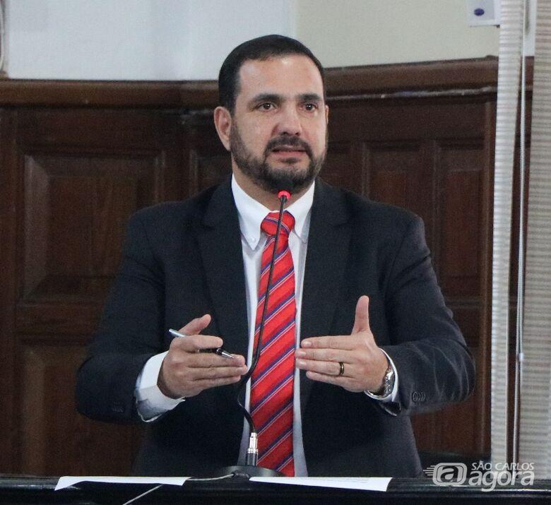 Julio Cesar solicita informações sobre contratos firmados entre Prefeitura e Santa Casa - Crédito: Divulgação