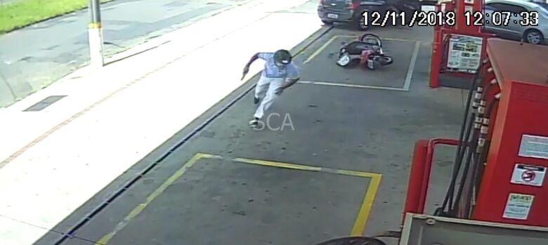 Bandidos tentam matar PM no Santa Felícia; veja o vídeo - Crédito: Divulgação