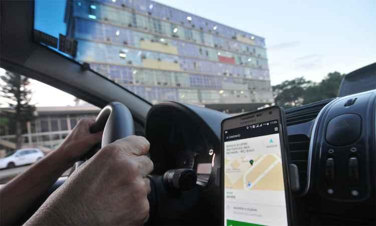 Motorista de Uber é assaltado por dupla armada - Crédito: Arquivo/SCA