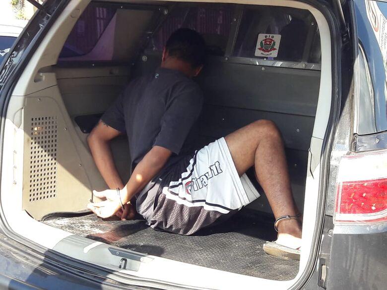 DIG prende acusado de atirar em PM - Crédito: Maycon Maximino