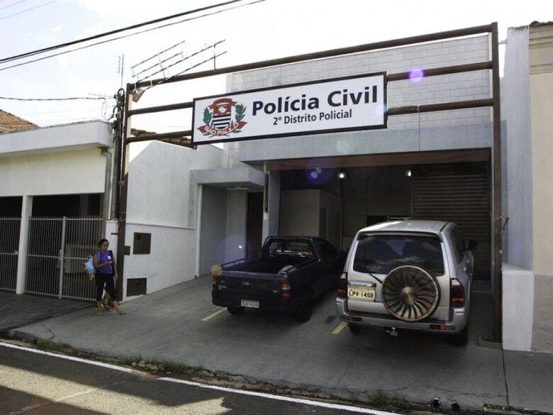 Dupla em moto assalta comerciante na região do Cemosar - Crédito: Arquivo/SCA