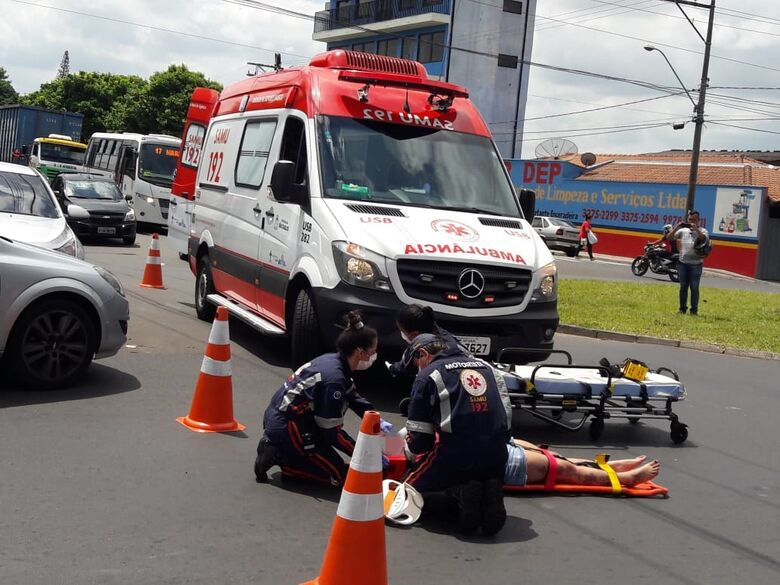 Motociclista sofre queda na Vila Prado - Crédito: Maycon Maximino