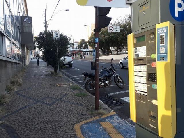 Área Azul Digital de São Carlos começa a aceitar pagamento com cartões de débito e crédito - Crédito: Divulgação