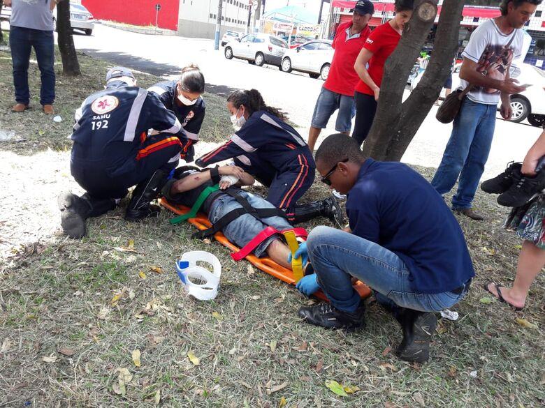 Motociclistas colidem na Vila Prado; um ferido - Crédito: Maycon Maximino