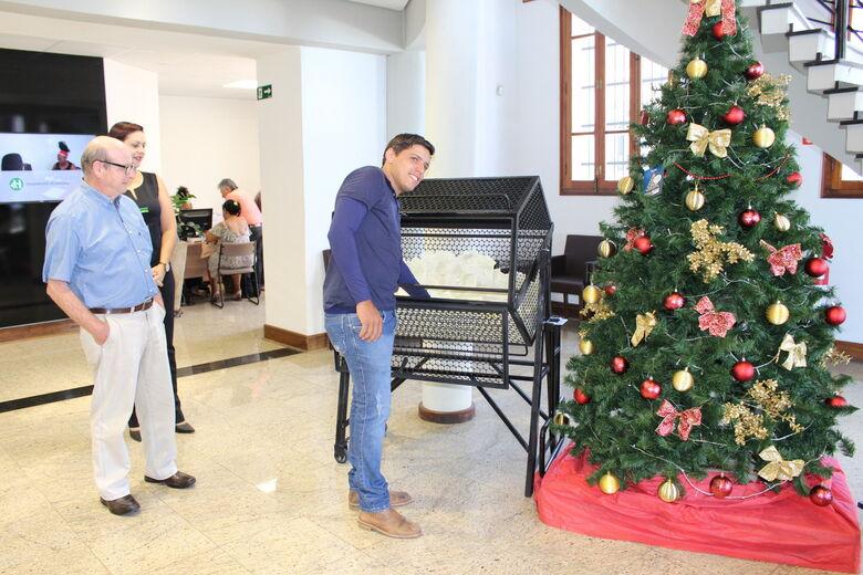 Acisc realiza segundo sorteio de vales-compras da promoção de Natal -