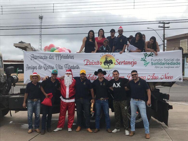 Comissão Paixão Sertaneja Comemora ano de recordes com Caminhão Solidário - Crédito: Divulgação