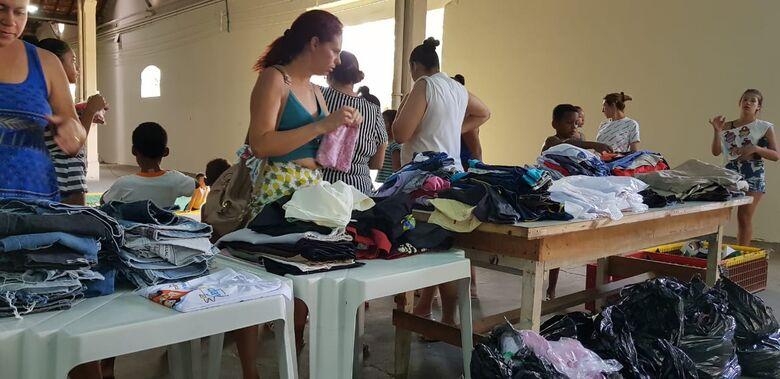Caravana São Carlos Mais Solidária faz ação no CDHU - Crédito: Divulgação