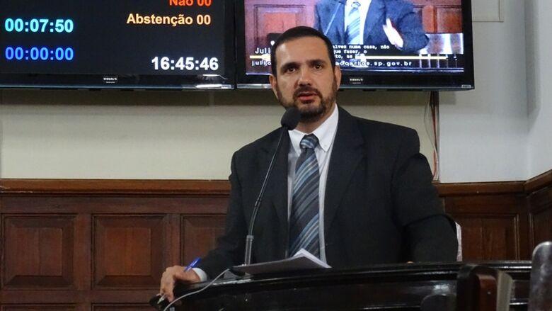 Julio Cesar cobra melhorias em área de exames para habilitação na Vila Prado - Crédito: Divulgação