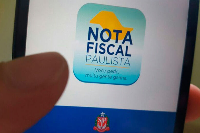 Morador de Araraquara recebe prêmio de R$ 500 mil no sorteio da Nota Fiscal Paulista - Crédito: Divulgação