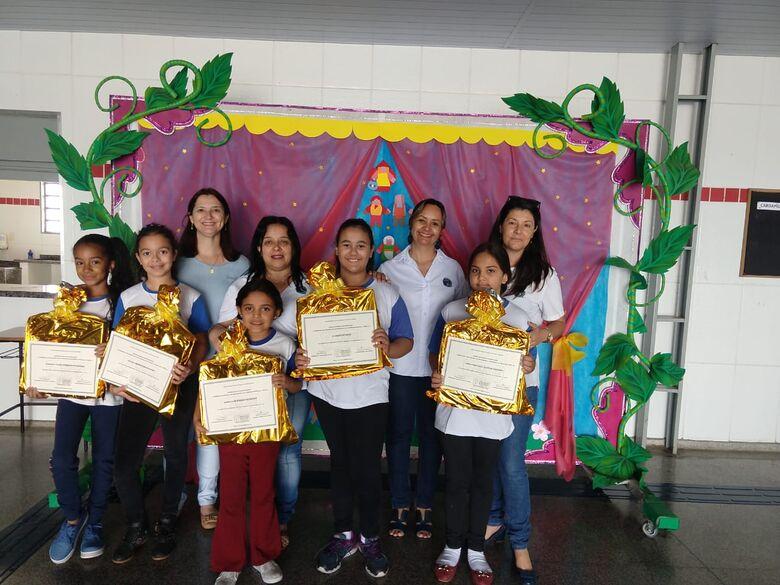 Escolas municipais de Ibaté participam da Olimpíada Brasileira de Matemática - Crédito: Divulgação