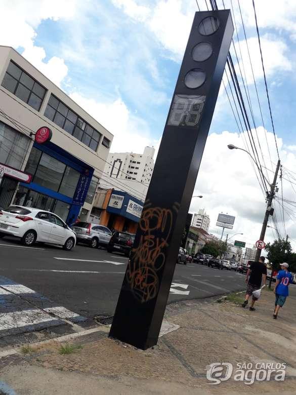 DIG identifica suspeitos de picharem semáforos em São Carlos - Crédito: Maycon Maximino