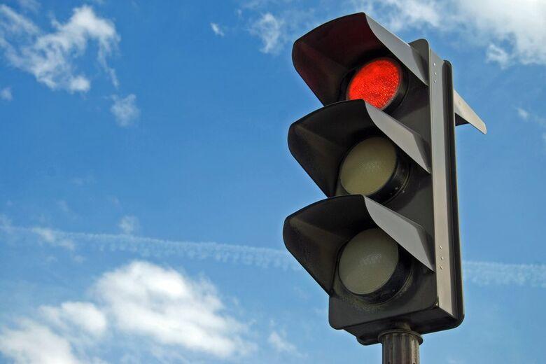 Semáforos da Regit Arab entrarão em funcionamento na próxima segunda-feira -