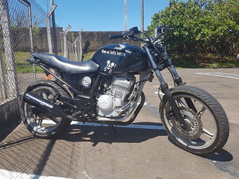 Moto furtada é apreendida no Antenor Garcia -