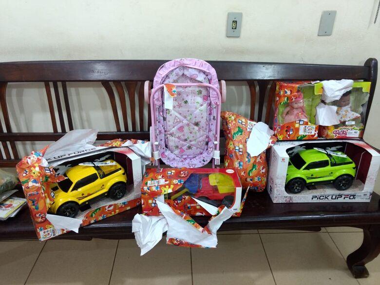 Casal é detido após furtar presentes de natal - Crédito: Luciano Lopes