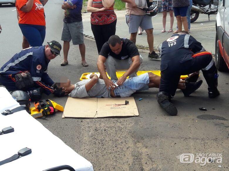 Motociclista sofre múltiplas escoriações após acidente no Jardim Bandeirantes - Crédito: Maycon Maximino