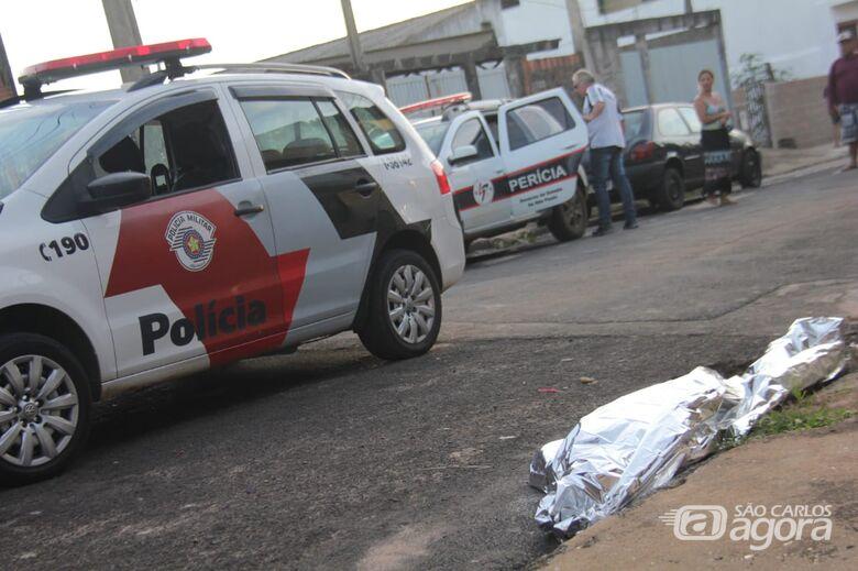 Homem é morto com seis tiros no rosto no Presidente Collor - Crédito: Maycon Maximino