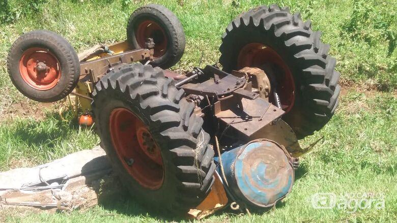 Idoso morre esmagado por trator na área rural de Ibaté - Crédito: Colaborador SCA