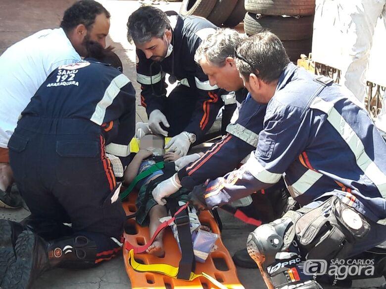 Criança de 3 anos sofre fratura exposta após atropelamento - Crédito: Maycon Maximino