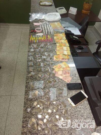 PM apreende grande quantidade de drogas em Itirapina - Crédito: Grupo Rio Claro