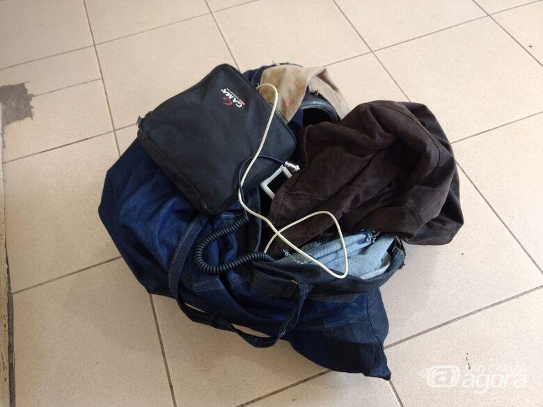 Homem é detido com objetos de origem suspeita no Pacaembu - Crédito: Luciano Lopes