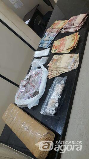 Dupla é detida com drogas no Jardim Cruzado - Crédito: Divulgação