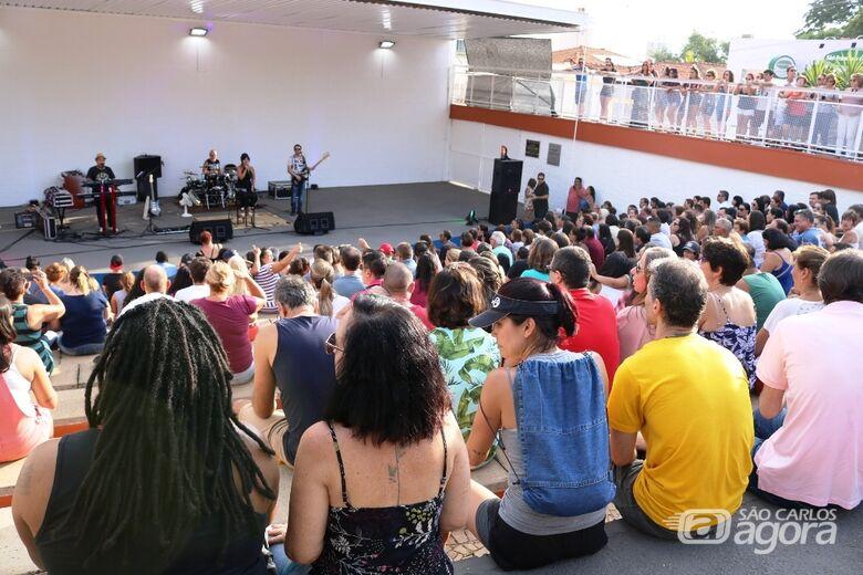 Circuito Arena 2019: público lota teatro de arena do centro para assistir Vinil 78 - Crédito: Divulgação