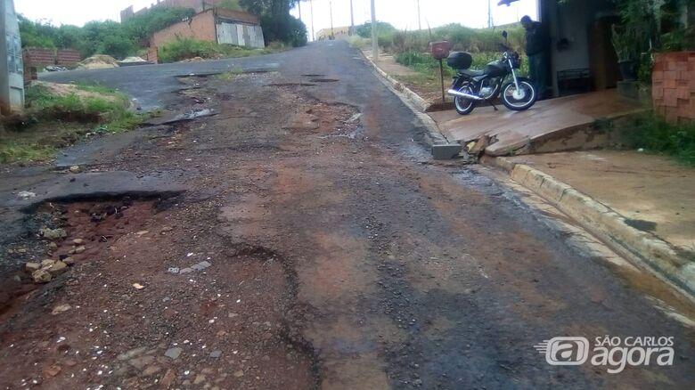 Rua no Prolongamento Jardim das Torres causa revolta - Crédito: Divulgação