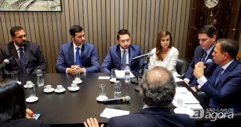 Em reunião com João Doria, deputado Julio Cesar apresenta demandas da região - Crédito: Divulgação