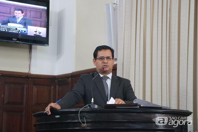 Vereador Roselei Françoso pede informações sobre concursos públicos à Prefeitura - Crédito: Divulgação