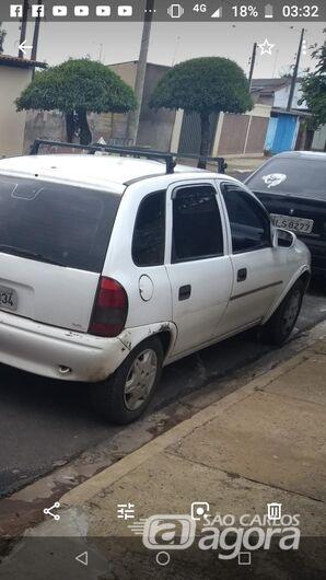 Proprietário pede ajuda para encontrar carro furtado -
