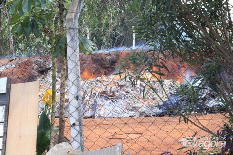 Ecoponto do Parque Delta pega fogo - Crédito: Marco Lúcio