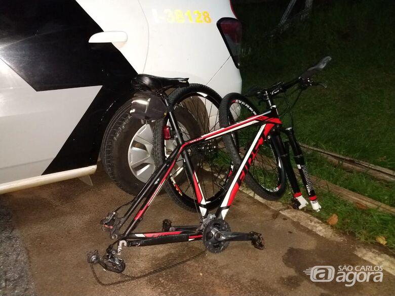 Dupla é detida com bike furtada no Cruzeiro do Sul - Crédito: São Carlos Agora