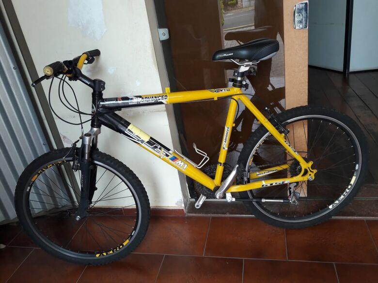 Procura-se dono (a) de bicicleta que está apreendida no 1º DP - Crédito: Divulgação