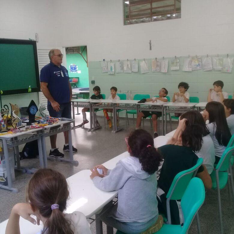 Alunos em formação tem aula de cidadania, de inclusão e de para-desporto - Crédito: Marcos Escrivani
