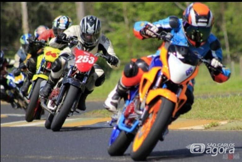 São-carlenses estreiam na temporada e disputa prova de motovelocidade em Londrina - Crédito: Divulgação