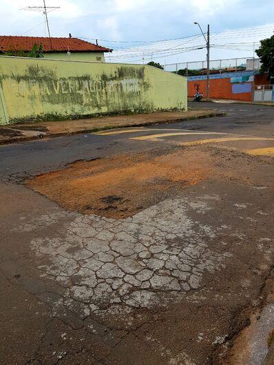 """Rua no Bela Vista está uma """"barbaridade"""" - Crédito: Divulgação"""