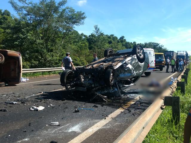 Três pessoas morrem em acidente na ponte do Rio Mogi - Crédito: Divulgação
