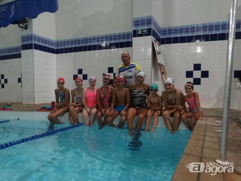 Jaboticabal recebe talentos da natação são-carlense - Crédito: Marcos Escrivani