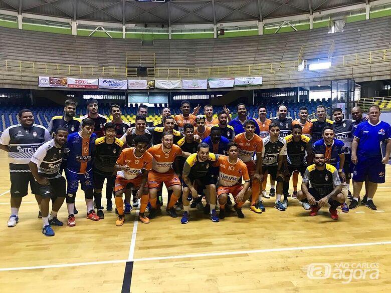 Equipe que representará São Carlos em torneios federados vence Bebedouro - Crédito: Divulgação
