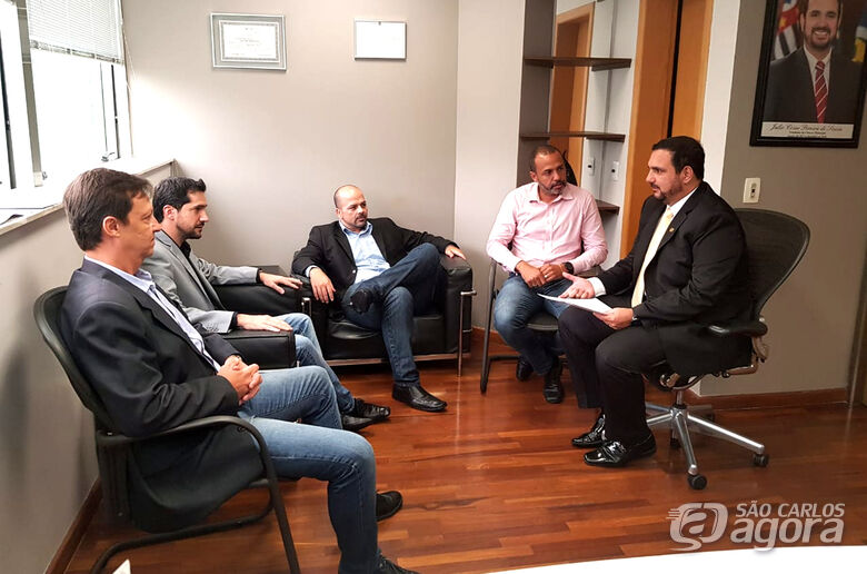 Vereadores de Descalvado se reúnem com o deputado Julio Cesar - Crédito: Divulgação