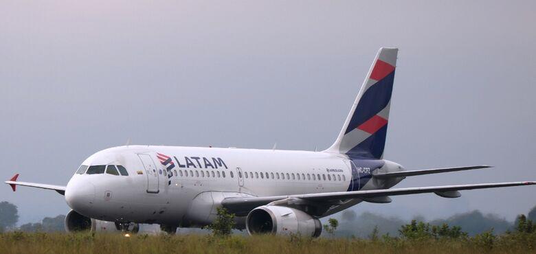 Aeroporto de São Carlos recebeu nesta quinta-feira seu primeiro voo internacional - Crédito: Divulgação/PMSC