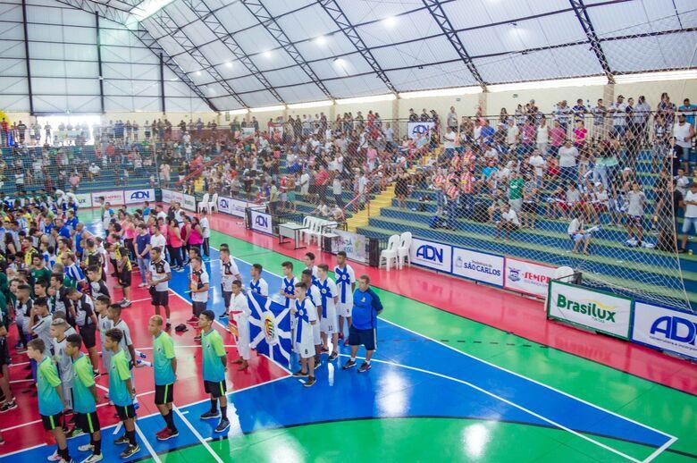 Abertura da Taça EPTV movimenta ginásio municipal de esportes de Ibaté - Crédito: Divulgação