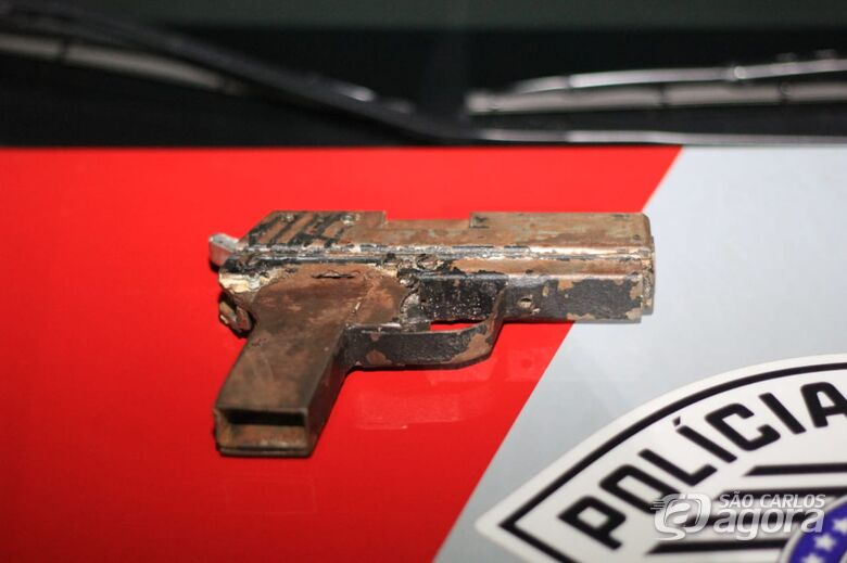 Dupla é detida com arma artesanal em Ibaté - Crédito: São Carlos Agora