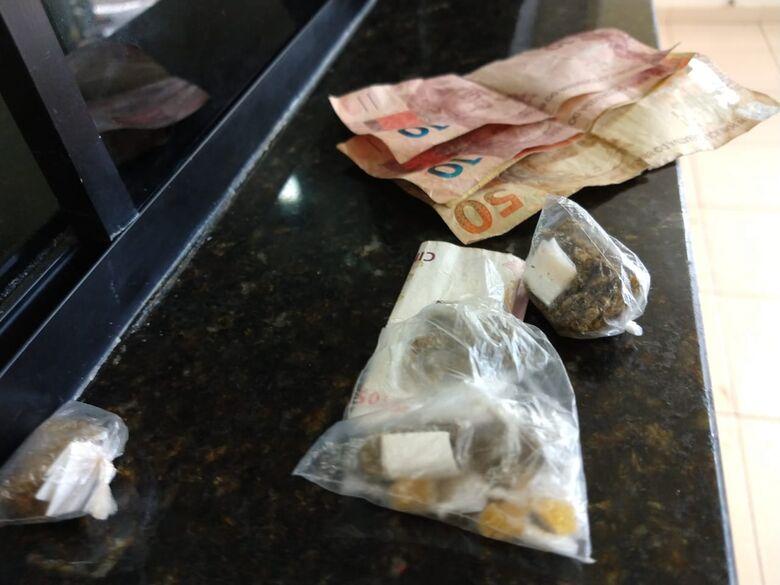 Dupla de adolescentes é detida com drogas no Presidente Collor - Crédito: São Carlos Agora
